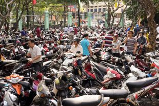 Crazy Traffic Saigon